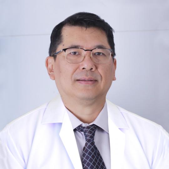 Dr Udom2